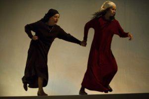 1) Acte I Mara et la Mère, copyright Bartek Warzecha