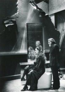 Acte III, Mesa et Ysé devant miroir, copyright Maria Mulas