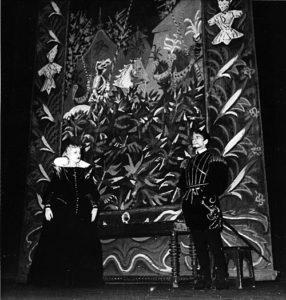 Comédie Française 1943. Doña Honoria (Henriette Barreau) et Don Pélage (Yonnel), journée II, scène 3